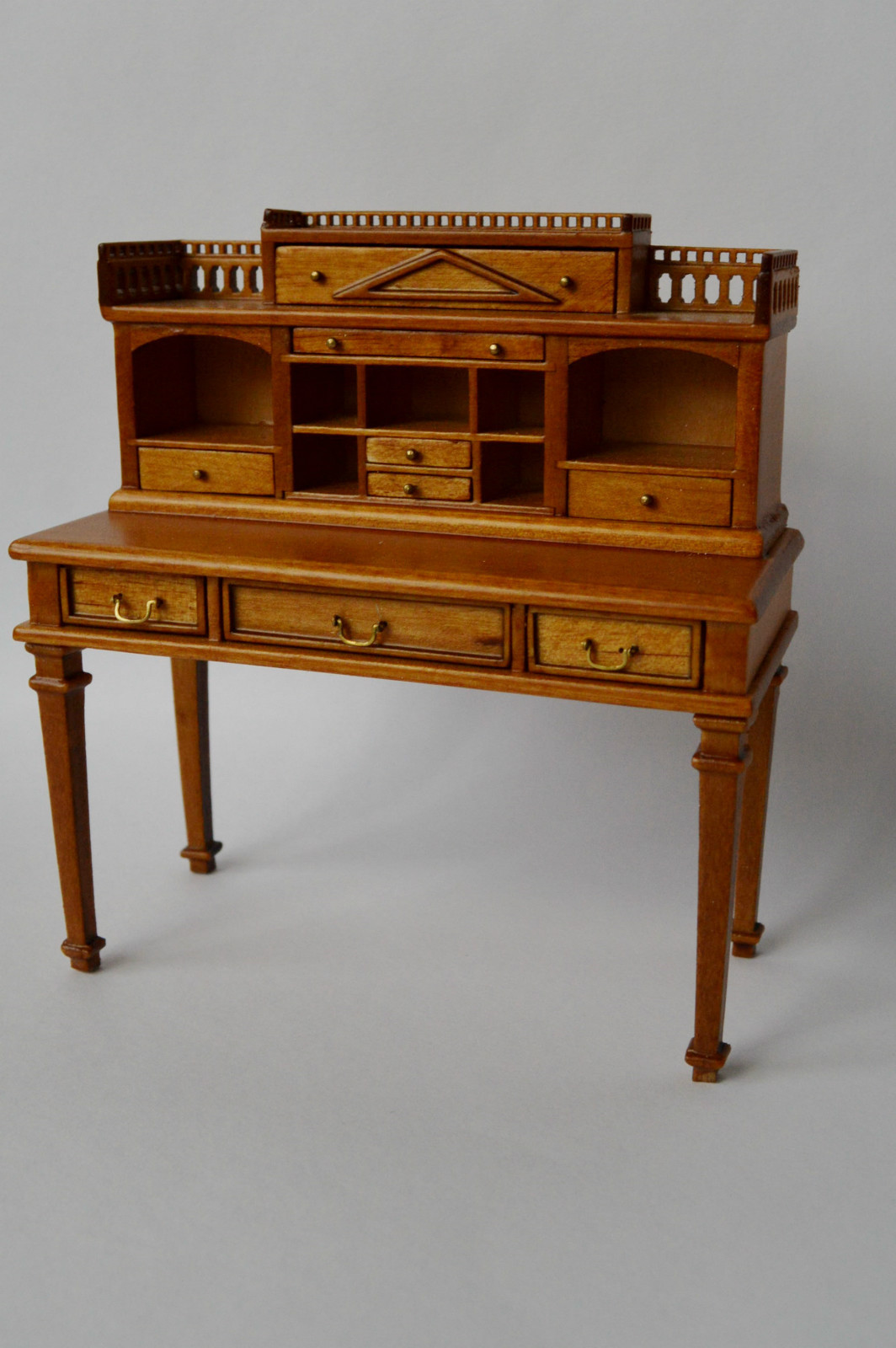unique writing desk Antique writing desk hutch & marketplace (500+) only (37) in-store: set your location shop in refine your search category (500+) home (19) office supplies.