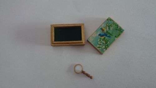56k-Box with magnifying glass