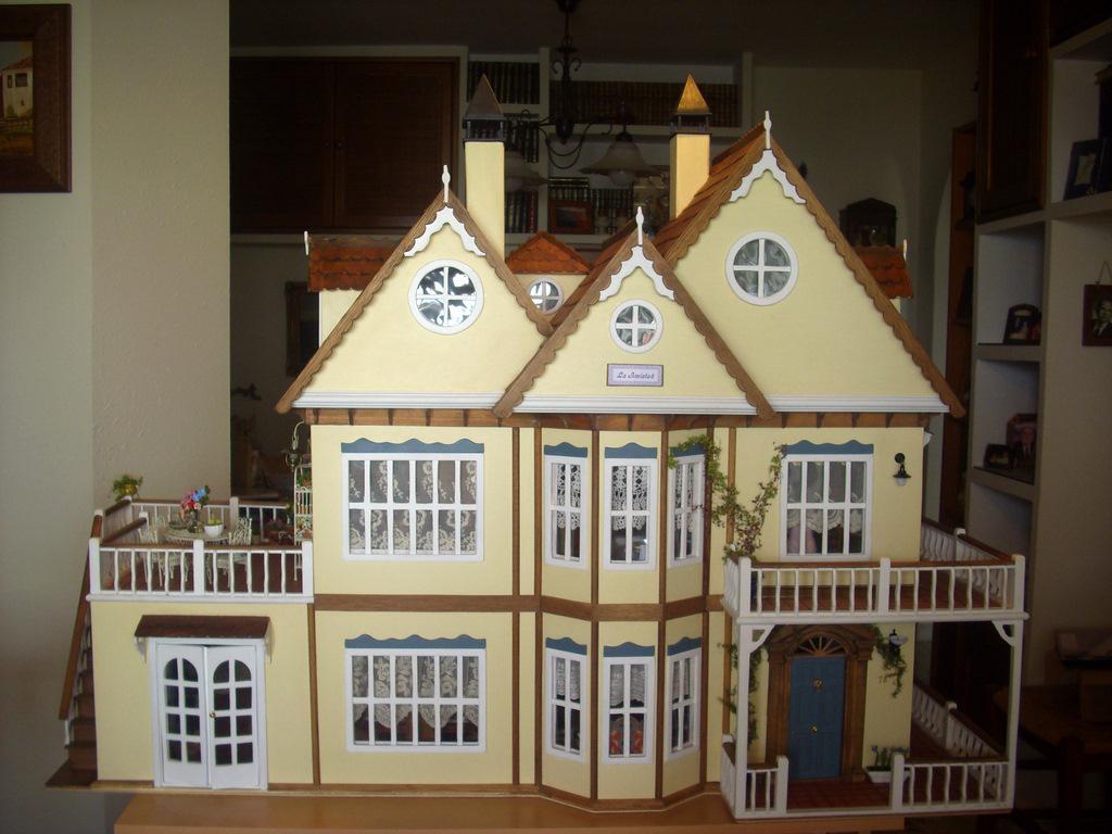 Diseño Y Construcciòn De Casas De Muñecas